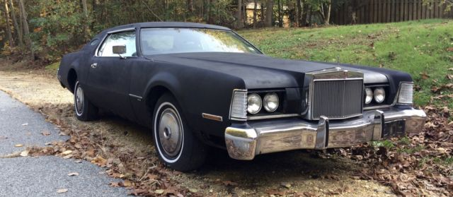1973 Lincoln Mark Series (flat black/red)