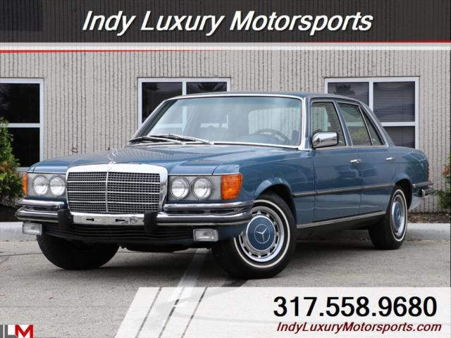 1973 Mercedes-Benz 400-Series (Blue/Blue)