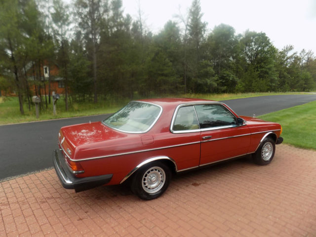1978 Mercedes-Benz 300-Series (English Red/Parchment leather)