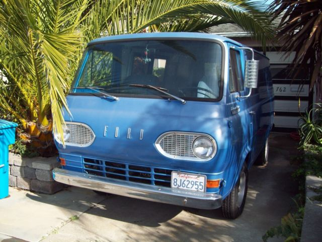 1966 Ford E-Series Van (Blue/Blue)