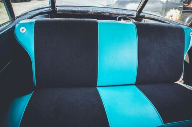1957 Chevrolet Nomad (larkspur blue and india ivory top/WHITE/BLUE)