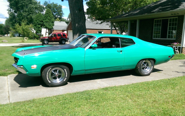 1970 Ford Torino (Grabber Green/Black)
