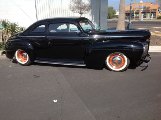 1941 Mercury Coupe (Black/Red)