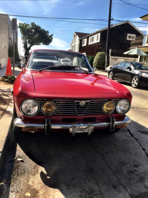 1974 Alfa Romeo GTV (Red/Black)
