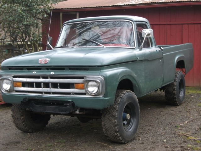 1964 Ford F-250 (Green/Red)