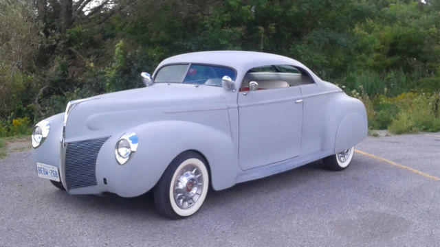 1940 Plymouth P10 (Grey Priimer/Red/White)