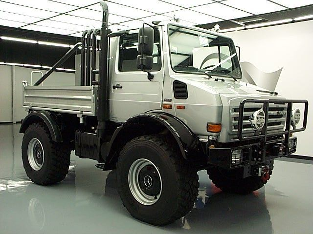 Seller of Classic Cars - 1977 Mercedes-Benz Unimog (Silver ...