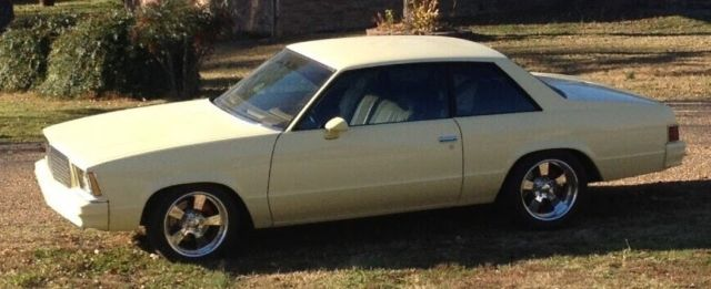 1979 Chevrolet Malibu (Yellow/Tan)