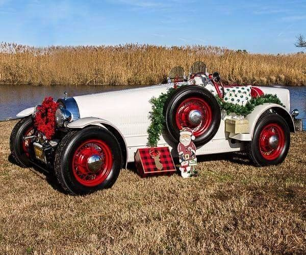 1927 Bugatti Roadster Bobtail (White/Red)