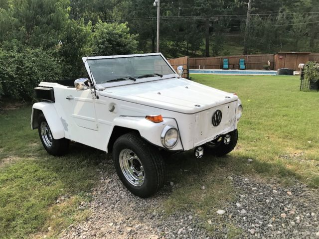 1974 Volkswagen Thing (White/Black)