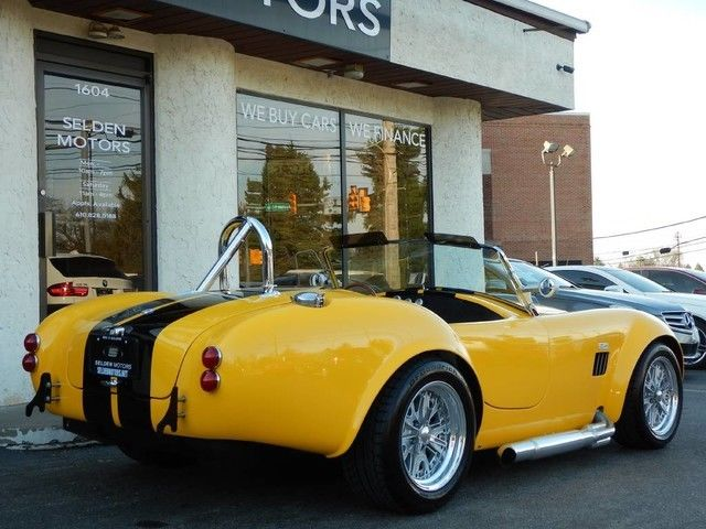 Seller of Classic Cars - 1965 Shelby S-Class (Yellow/Black)