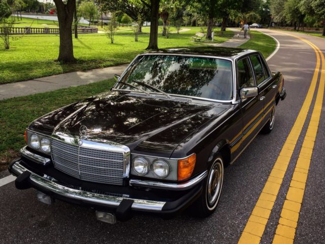 1975 Mercedes-Benz S-Class (Dark Tobacco Brown/Cognac)