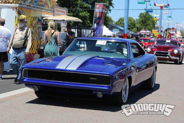 Seller of Classic Cars - 1968 Dodge Charger (Blue/Gray)
