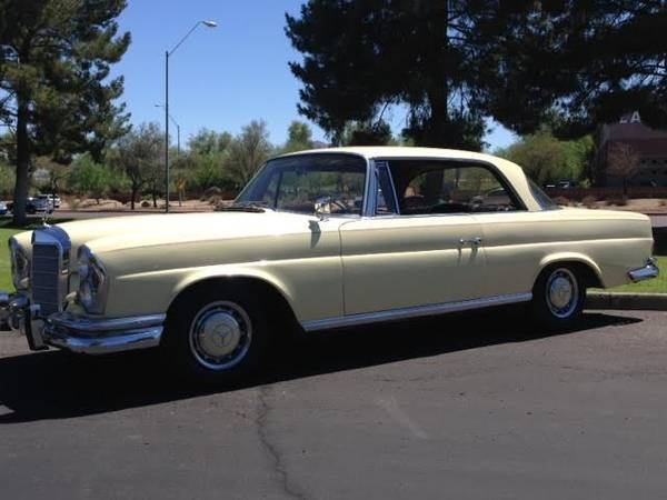 1963 Mercedes-Benz 200-Series (creme/Black)