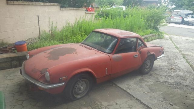 1976 Triumph Spitfire (Red/Black)