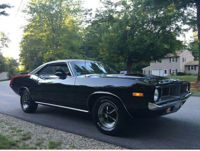 Seller of Classic Cars - 1972 Plymouth Barracuda (Black/Black)