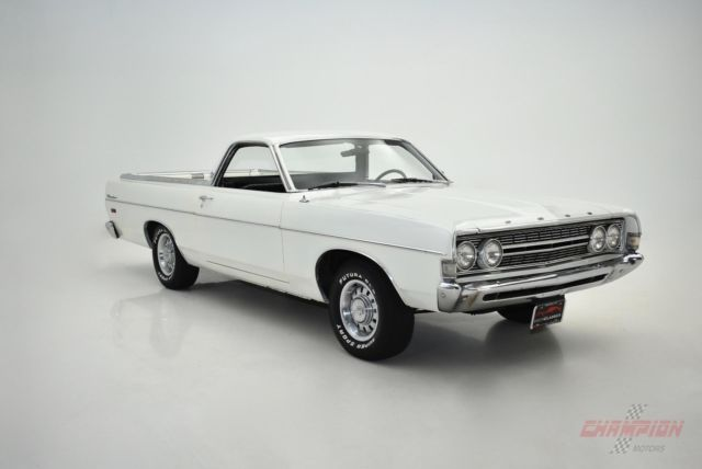 1968 Ford Ranchero (White/Black)