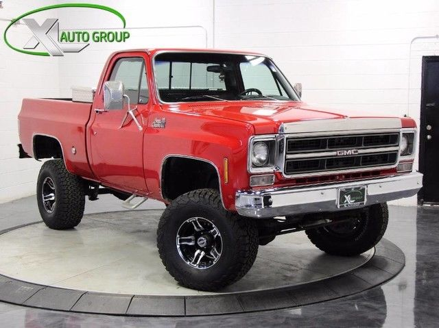 1976 GMC Sierra 1500 (Red/Gray)