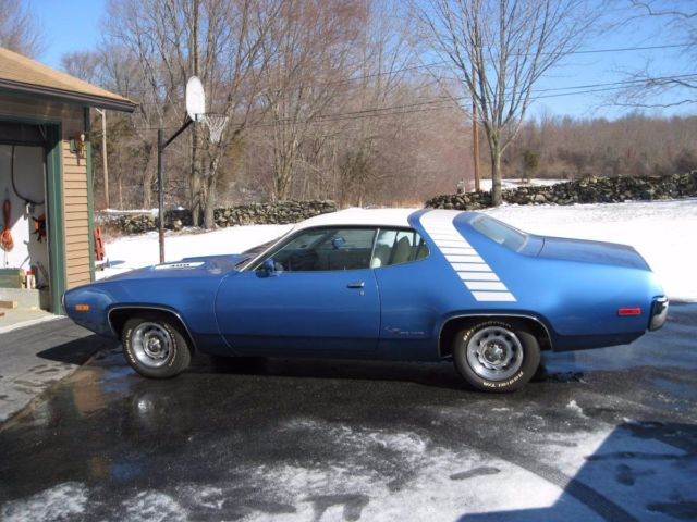 1972 Plymouth Road Runner (Blue/White)
