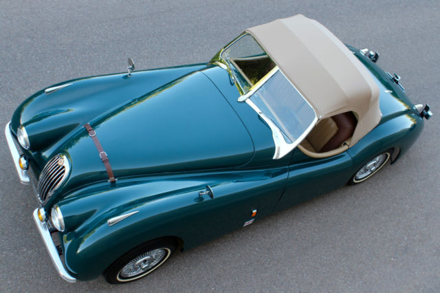 1952 Replica/Kit Makes Jaguar XK 120 (Green/Tan U0026 Brown)