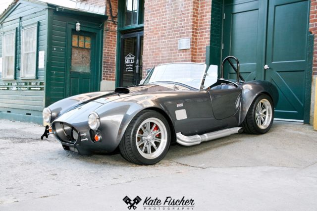 1965 Shelby Cobra (Gray/Black)
