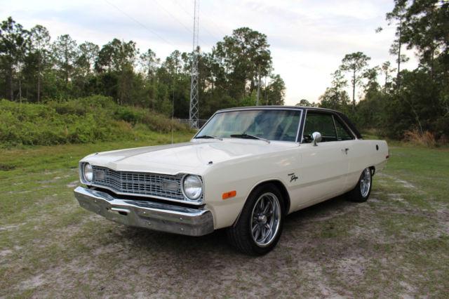 Seller of Classic Cars - 1973 Dodge Dart (Cream White/Black)