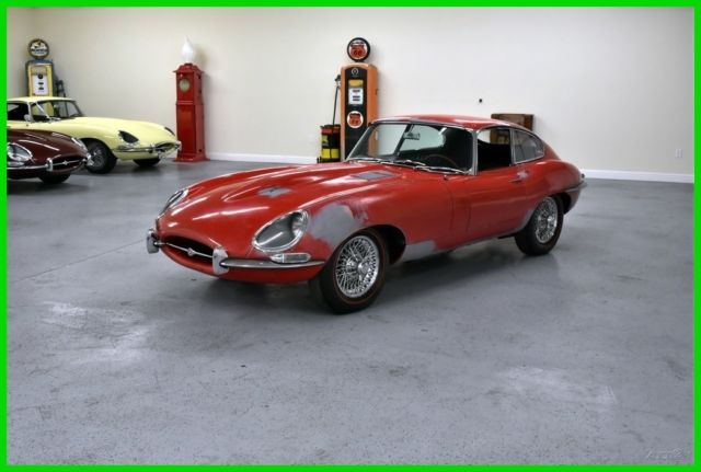 1967 Jaguar E-Type (Red/Black)