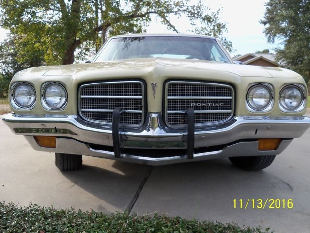 1972 Pontiac Le Mans (Yellow/Brown)