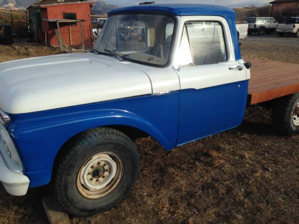 1966 Ford F-250 (Blue/Black)