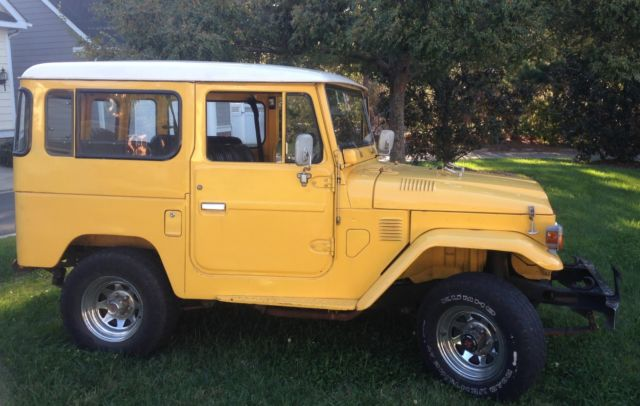 1977 Toyota Land Cruiser (Yellow/yellow)