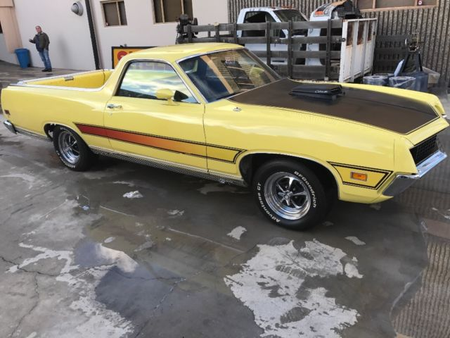 1971 Ford Ranchero (Grabber Yellow/Black)