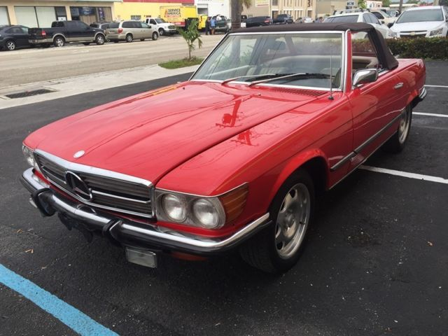 1972 Mercedes-Benz SL-Class (Red/Tan)