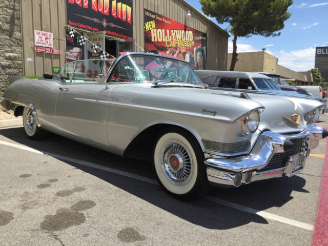 1957 Cadillac Biarritz (Silver/Red & White)