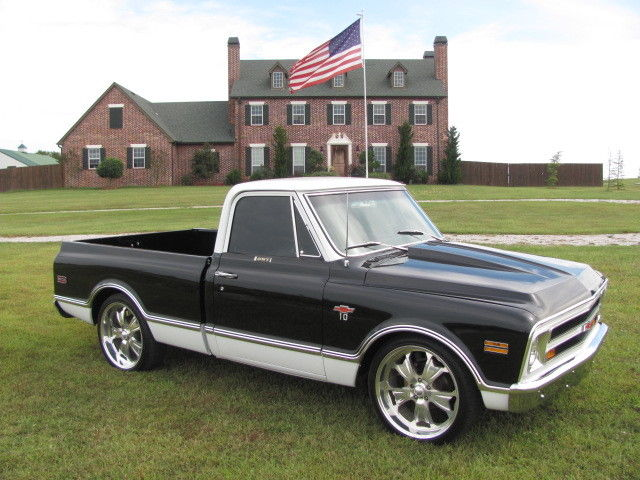 1971 Chevrolet C/K Pickup 1500 (Black/Black)
