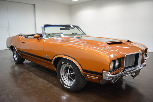 1972 Oldsmobile Cutlass (Bronze/Brown)