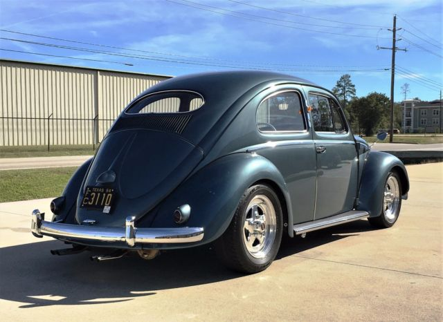 1954 Volkswagen Beetle - Classic (Stratos Silver/Blue)
