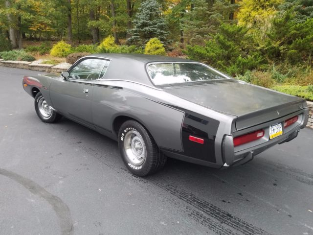 1972 Dodge Charger (Gray/Black)