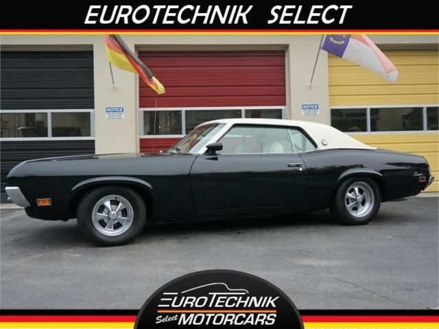 1970 Mercury COUGAR XR7 (Black/White)