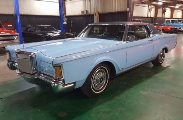 1970 Lincoln Continental (Blue/Blue)