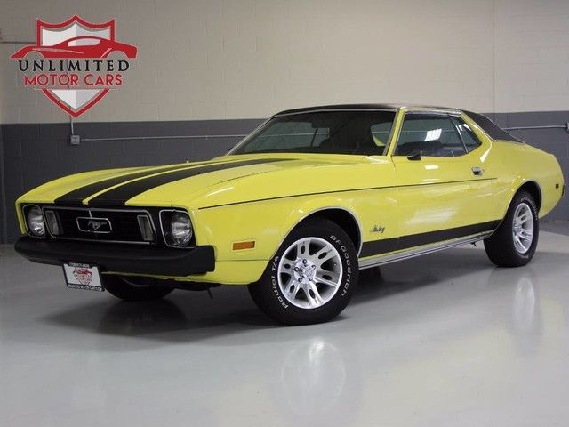 1973 Ford Mustang (Yellow/Black)