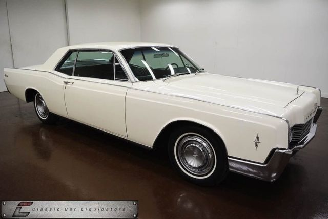 1966 Lincoln Continental (White/Black)