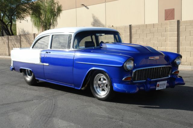 1955 Chevrolet Bel Air/150/210 (Blue/Black)