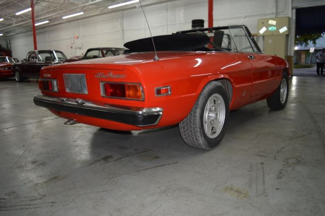 1971 Alfa Romeo Spider (Orange/Black)