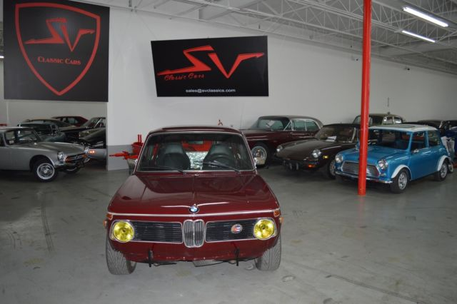 1971 BMW 1600 (Burgundy/Black)