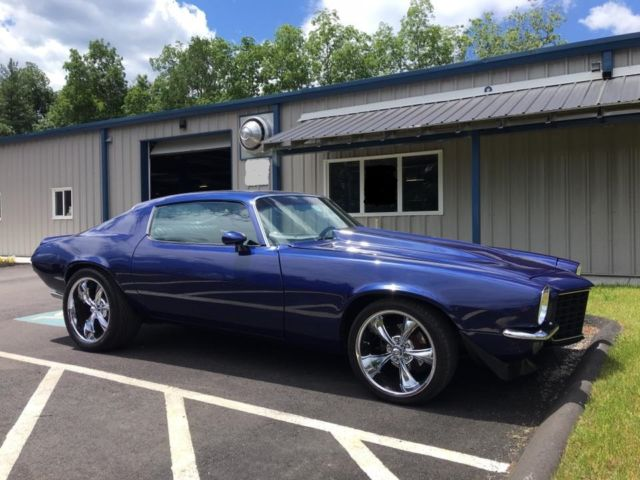 1973 Chevrolet Camaro (Blue/Black)