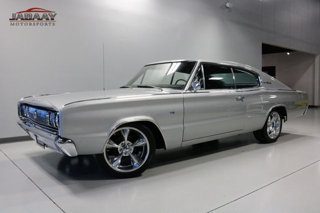 1966 Dodge Charger (Silver/Black)