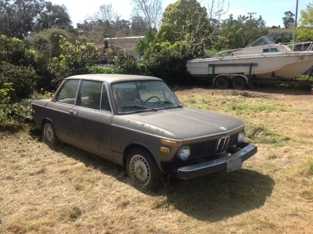 1976 BMW 2002 (Gray/Brown)