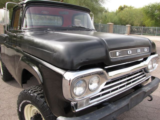 1959 Ford F-100 (Black/Red)