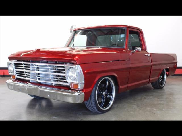 1969 Ford F-100 (Red/Black)