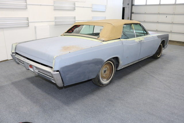 seller of classic cars 1966 lincoln continental conv. Black Bedroom Furniture Sets. Home Design Ideas